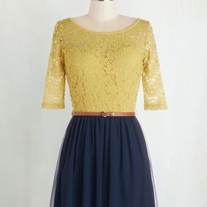 Gold & Navy 3/4 sleeve Dress